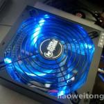 LED蓝色冷光的电源